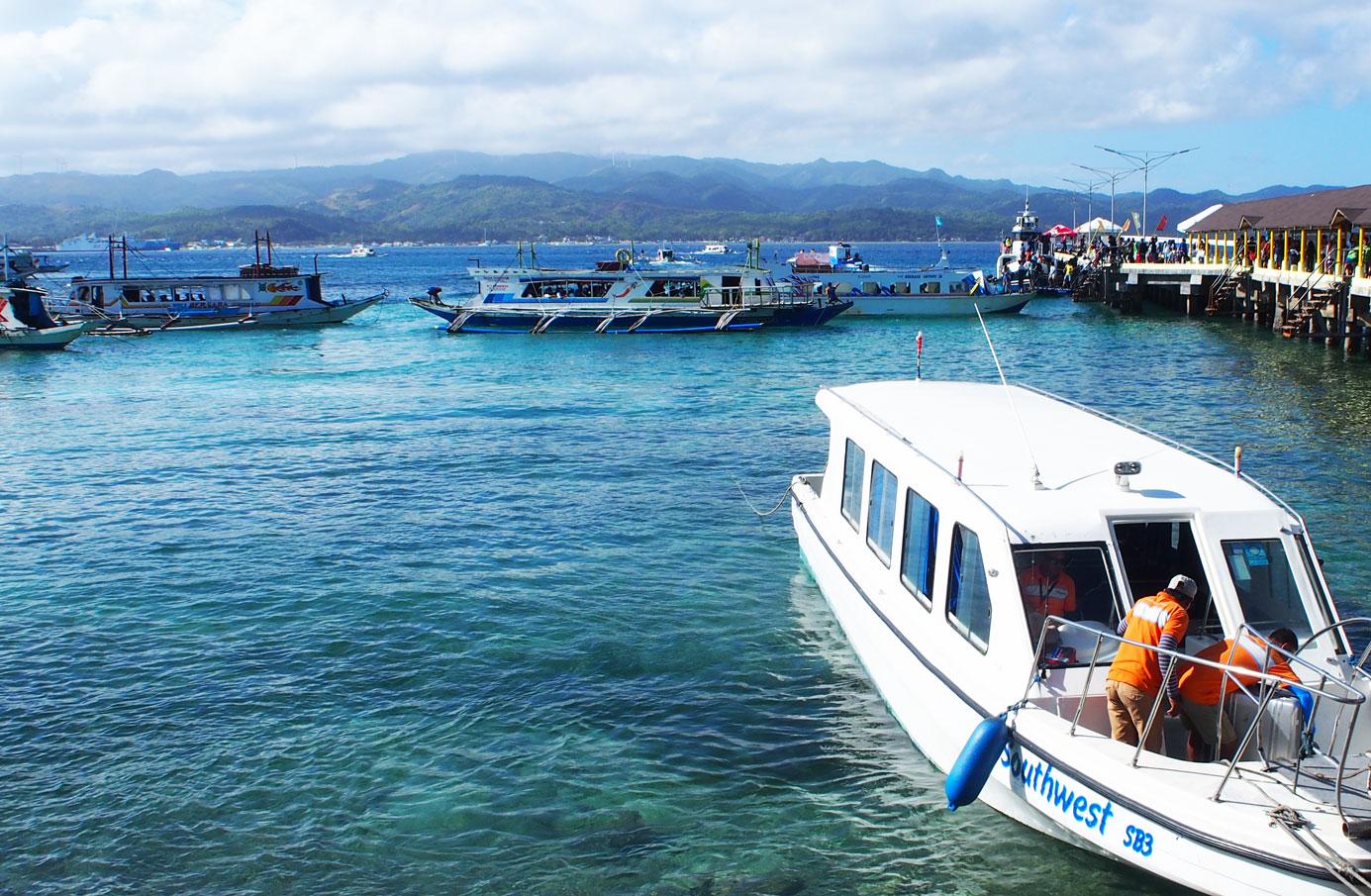 ボラカイの港